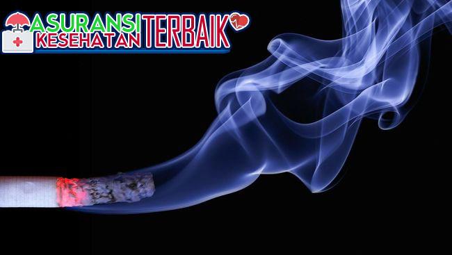 Ingat! Mencium Sisa Bau Rokok Berbahaya Bagi Tubuh