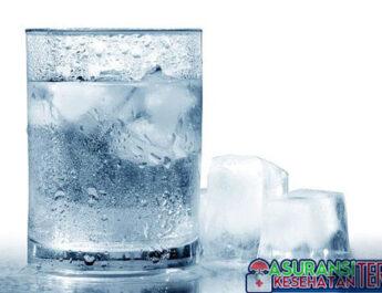Terlalu Sering Minum Air Dingin? Ini Penjelasannya